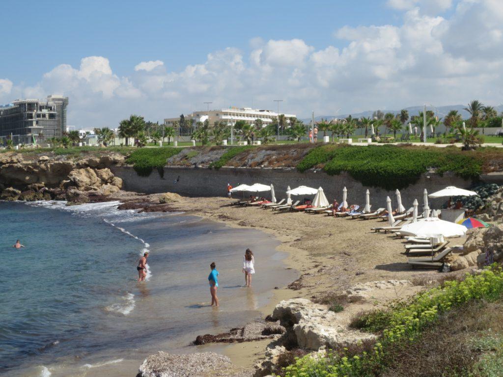 Suite48 mellett fekvő strand